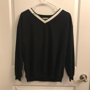 Sweaters - Black Sweatshirt